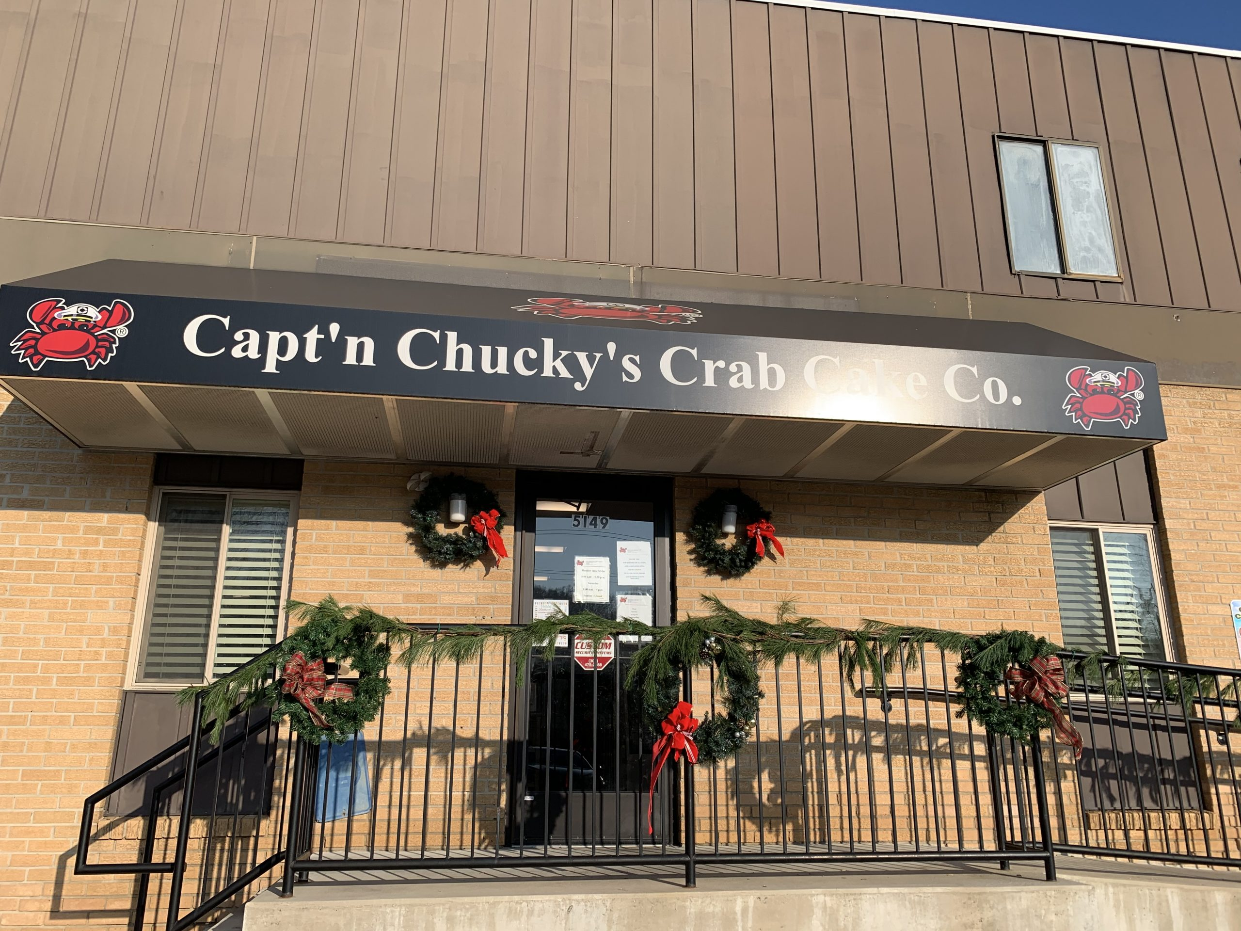 captn chuckys newtown square store front